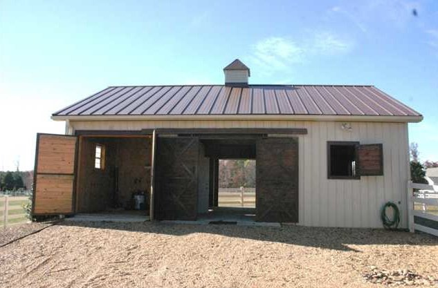 Cute two stall horse barn with wash rack and aisle 2 stall horse barn